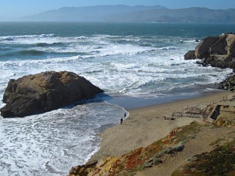 Photo : Vagues sur la plage d'Ocean Beach