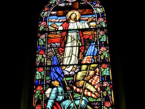 Photos : Vitrail de l'église Notre Dame des Victoires, l'église des français
