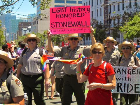 Photos : Park Rangers participants à la Gay Pride San Francisco